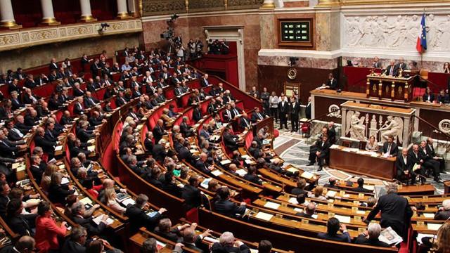 Fransa meclisi 'ayrılıkçılık' yasayı onayladı