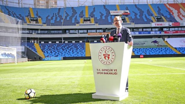 Kasapoğlu, Yeni Adana Stadı'nı inceledi