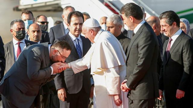Irak ziyaretini sürdüren Papa Francis, Erbil'e geldi
