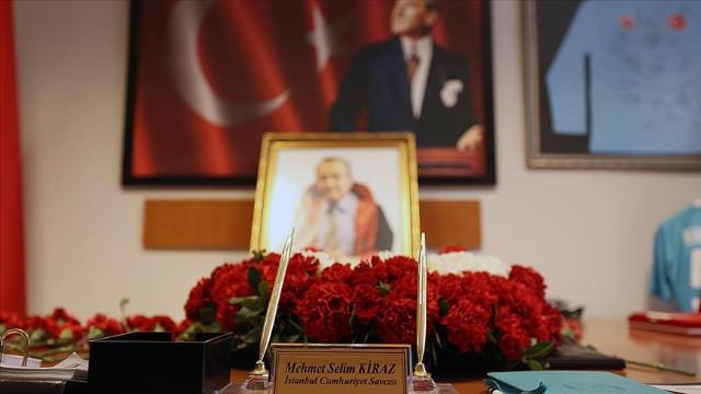Şehit savcı Kiraz, İstanbul Adliyesi'nde düzenlenen törenle anıldı
