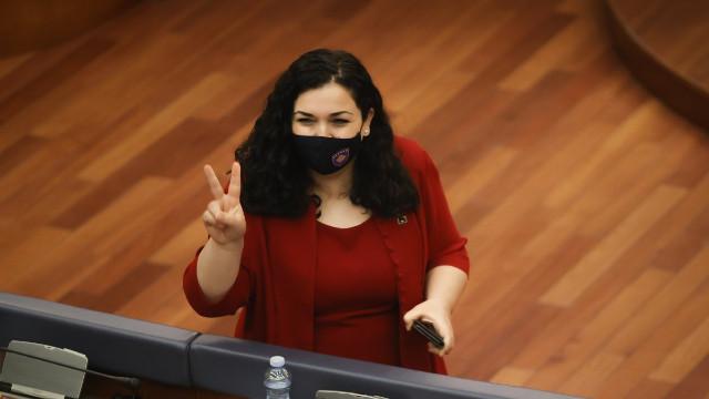 Kosova'nın yeni Cumhurbaşkanı Vjosa Osmani oldu