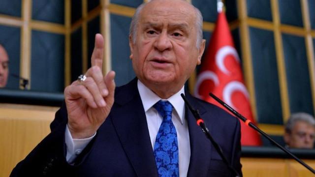 Bahçeli'den sert tepki: 103 emekli amiralin rütbeleri sökülmeli