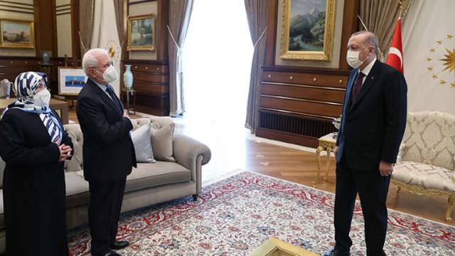 Erdoğan, şehit Savcı Kiraz'ın anne ve babasını kabul etti