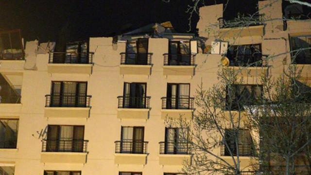 Ankara'da Açelya apartmanının çatısı çöktü