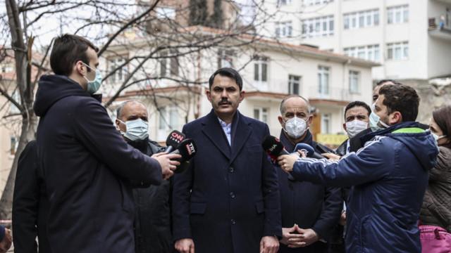 Bakan Kurum incelemelerde bulundu! Ankara'daki o bina 'kontrollü' yıkılıyor