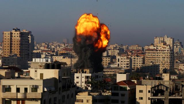 İsrail masumları hedef almayı sürdürüyor