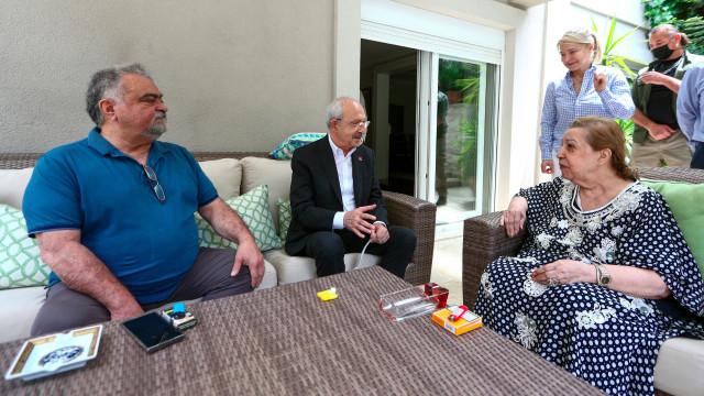 Kılıçdaroğlu Özal Ailesi'ni ziyaret etti