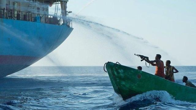 Gana açıklarında korsanlar 5 denizciyi kaçırdı