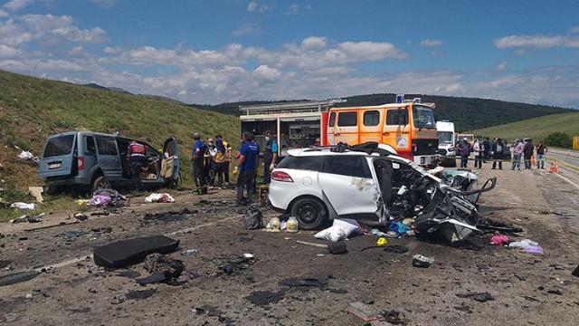 Sivas'ta katliam gibi trafik kazası: 9 kişi hayatını kaybetti
