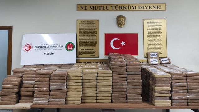 Mersin Limanı'nda büyük operasyon: 1 ton kokain yakalandı