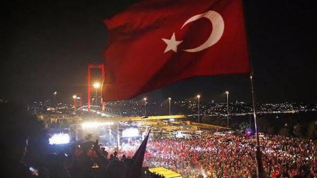 15 Temmuz'un 5'inci yıldönümünde siyasilerden mesajlar