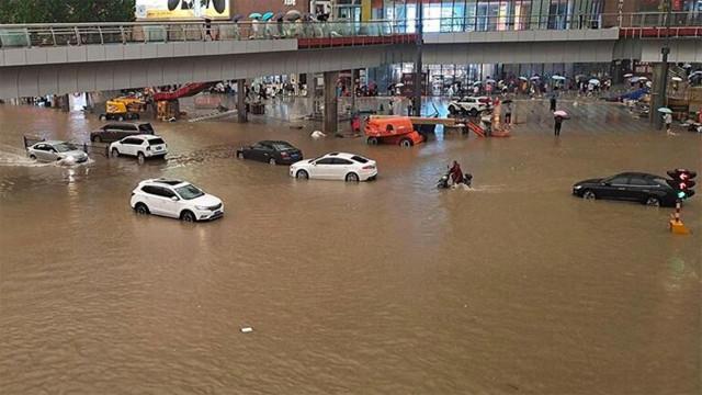 Çin'de sel felaketi! Ölü sayısı yükseldi