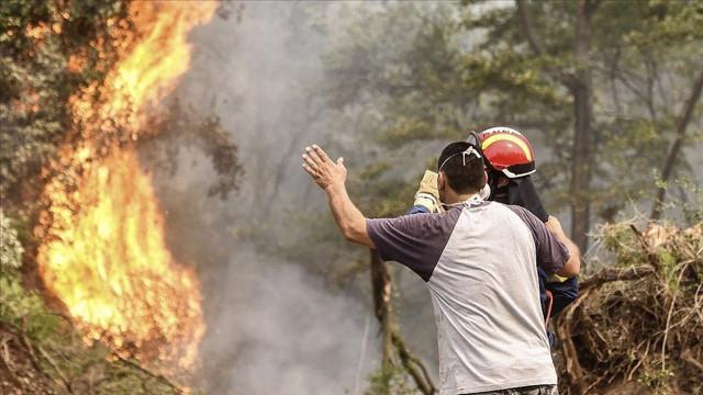 Yunanistan'da yangın sebebiyle köyler boşaltıldı