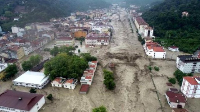 Batı Karadeniz'deki sellerde 82 kişi hayatını kaybetti