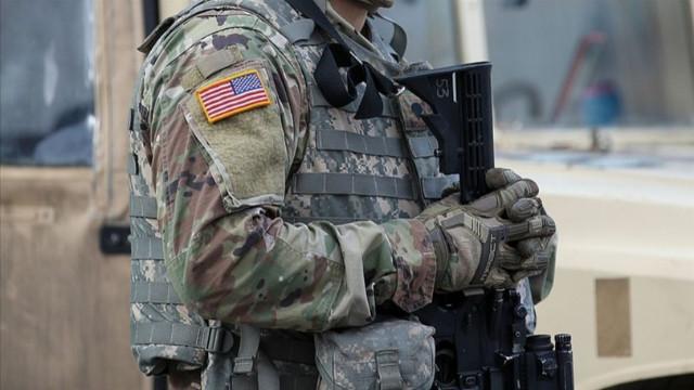 Pentagon, tüm ordu için koronavirüs aşısını zorunlu hale getirdi