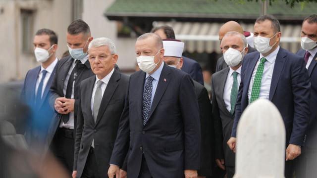 Cumhurbaşkanı Erdoğan'dan Bosna Hersek'te müslümanlara çağrı!