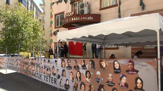 Diyarbakır'da evlat nöbeti 3'üncü yılına girdi!