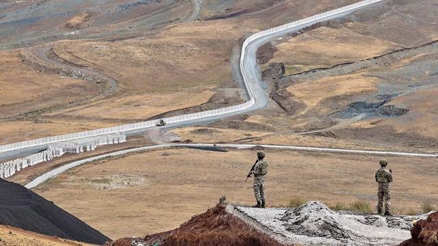 İçişleri Bakanlığı açıkladı: Sınırlardan yasa dışı geçiş girişimlerinde anormal artış yok