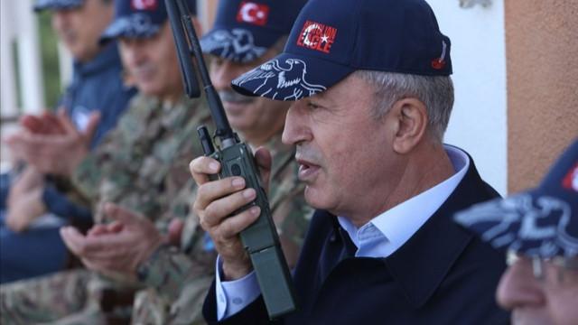 Hulusi Akar'dan Ermenistan mesajı: Temennimiz Ermenistan'ın ateşkese uyması