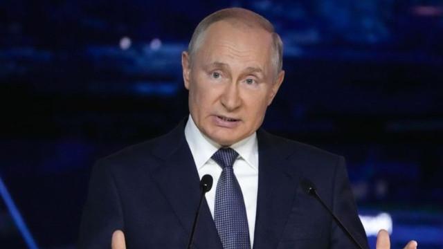 Putin'den karantina açıklaması: Birkaç gün daha devam edeceğim!