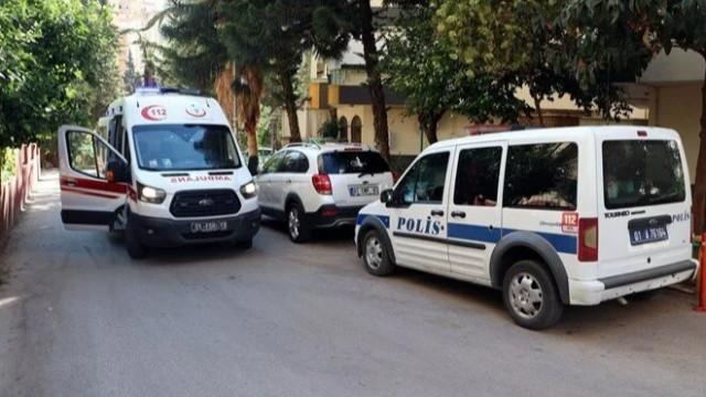 Adana'da feci ölüm: Ayağı kayınca balkon kapısına çarptı, cam boğazına saplandı
