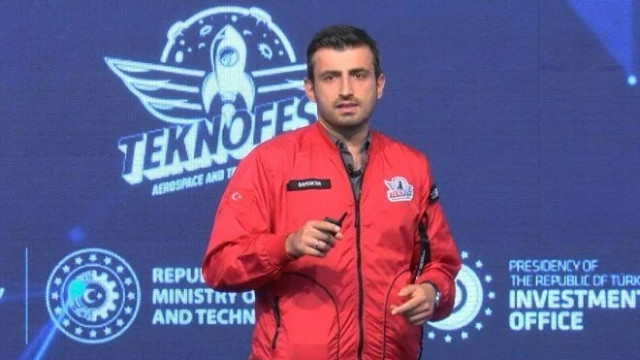 Selçuk Bayraktar'dan uçan araba açıklaması: Herkesi pilot yapacak