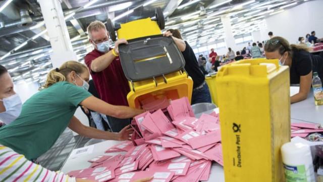 Almanya'da resmi olmayan seçim sonuçları belli oldu!