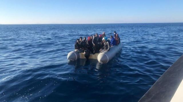 Yunanistan'ın geri ittiği 197 göçmen kurtarıldı