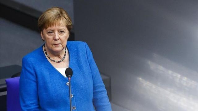 Merkel'den Türkiye açıklaması: Yasa dışı göçle mücadelede merkezi rol oynadı