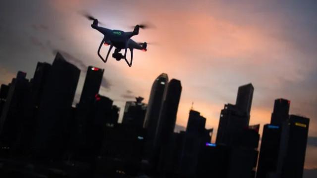 Dünyada bir ilk! Hastaya nakledilecek akciğer drone ile taşındı