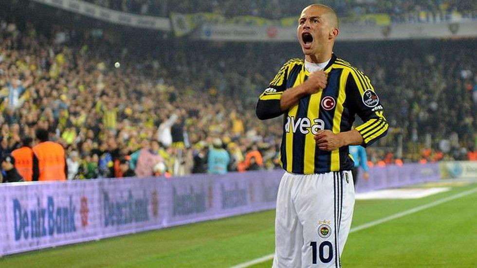 Alex de Souza: Fenerbahçe'yi çok özledim - Page 1