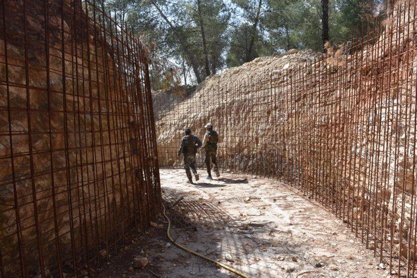 Afrin'de bin kişilik terörist sığınağı bulundu - Page 4