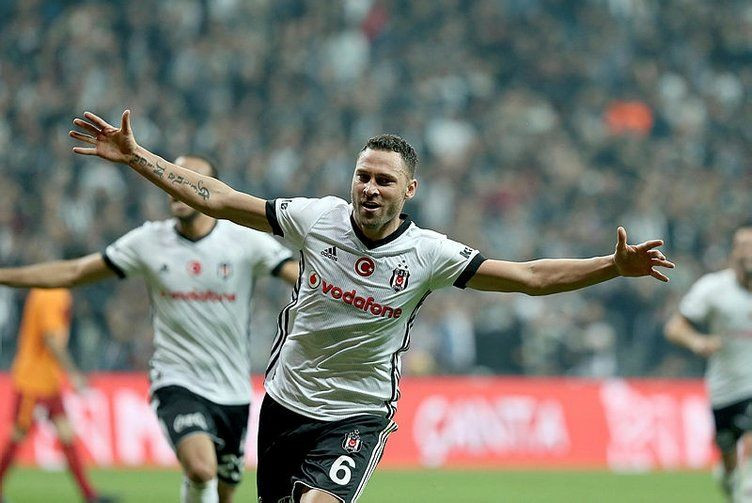 Beşiktaş Tosic transferini KAP'a bildirdi - Page 1