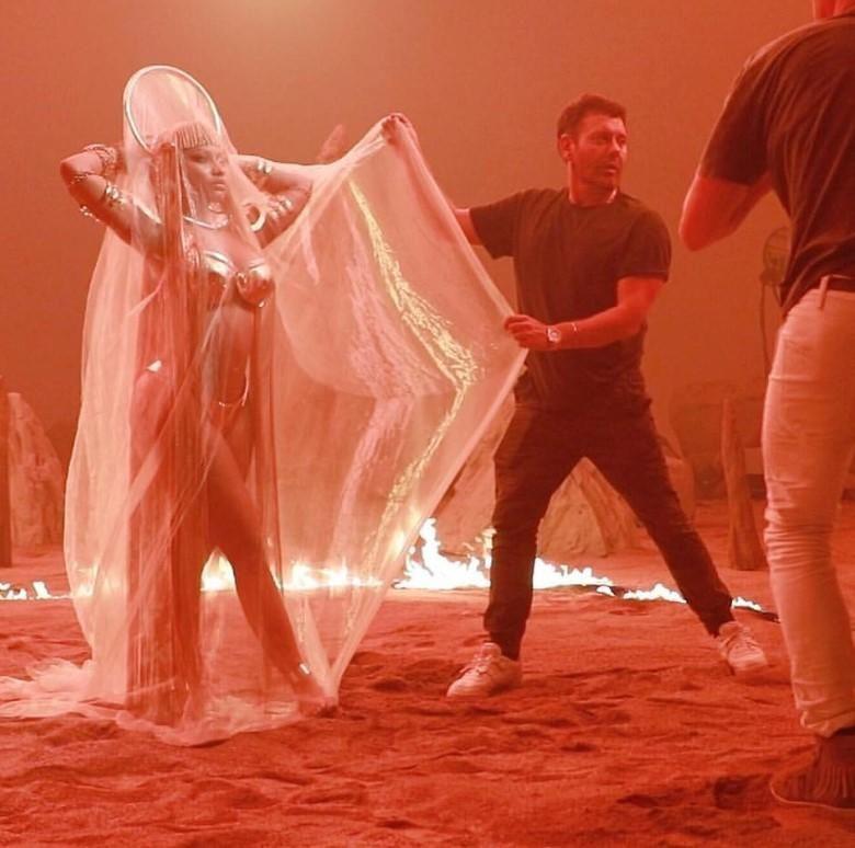 Nicki Minaj ile ilgili görsel sonucu