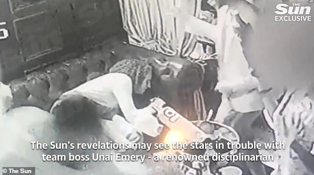 Mesut Özil'in uyuşturucu partisindeki görüntüleri sansürsüz izle