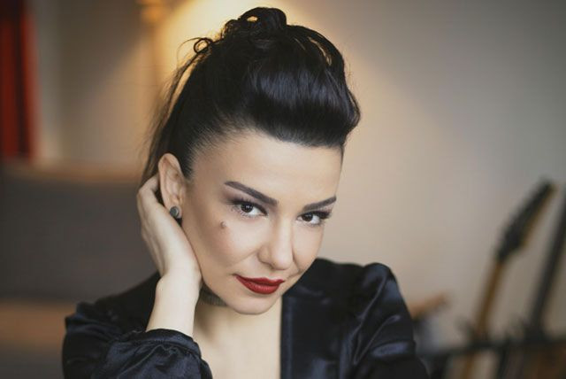 Fatma Turgut: O yüzüğü bir daha parmağıma takmam - Page 1