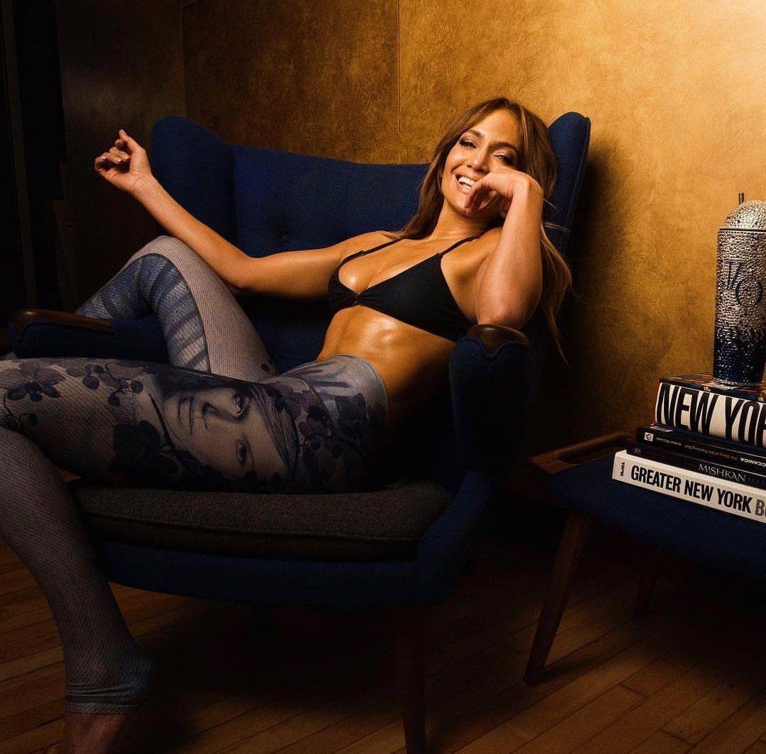Jennifer Lopez'in taytları meğer kendi tasarımıymış - Page 1