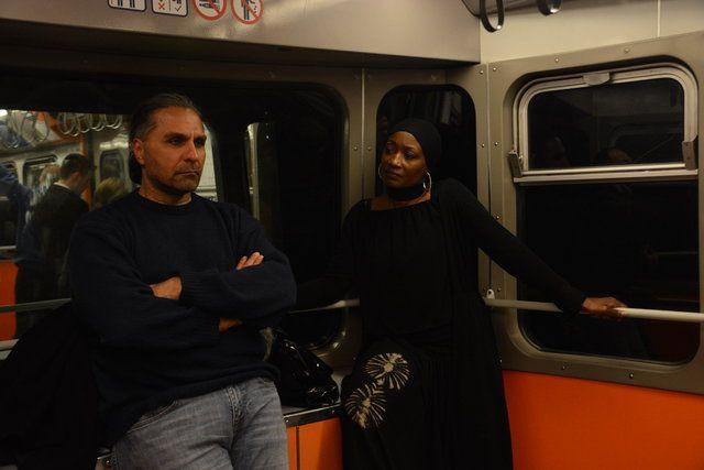 Dünyaca ünlü şarkıcı Miles, İstanbul'da metroya bindi - Page 3