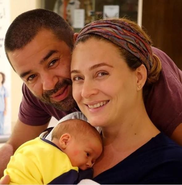 Ceyda Düvenci hastaneye kaldırıldı: Sol kulak hiç duymuyor - Page 2