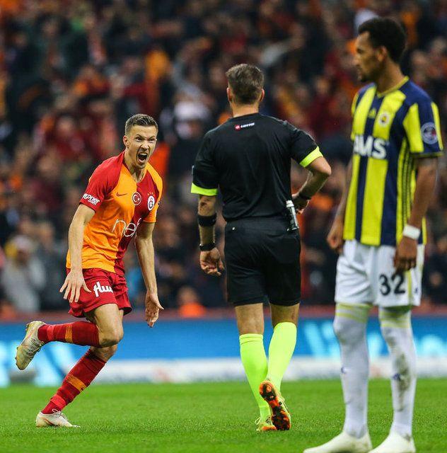 Galatasaray Fenerbahçe maçının muhtemel 11'leri - Page 1