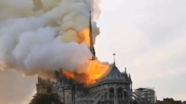 Notre Dame Katedrali yangın anı- Notre Dame yandığı görüntüler izle - Video haber