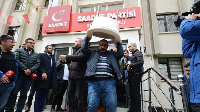 Saadet Partisi yeni bina için kampanya başlattı