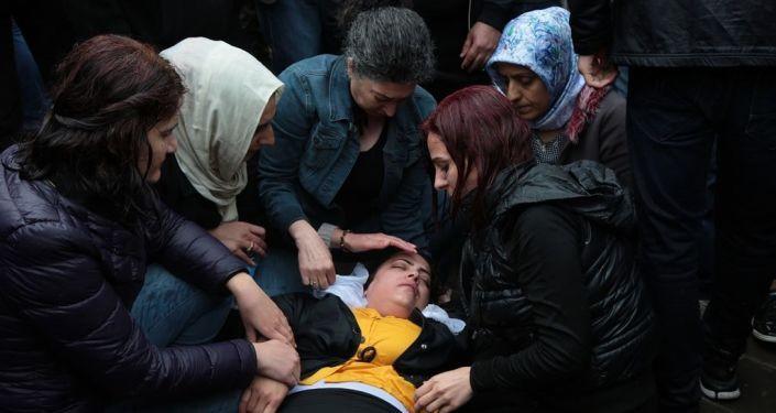 Diyarbakır'da izinsiz gösteriye müdahale! - Page 3
