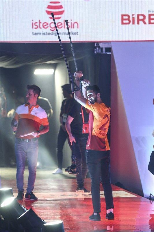 Galatasaray'ın şampiyonluk kutlamalarından görüntüler - Page 1