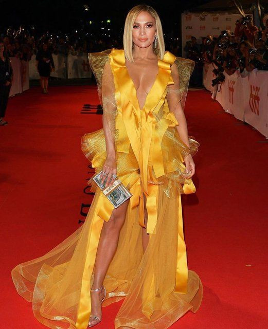 Jennifer Lopez, festivale böyle katıldı - Sayfa 1