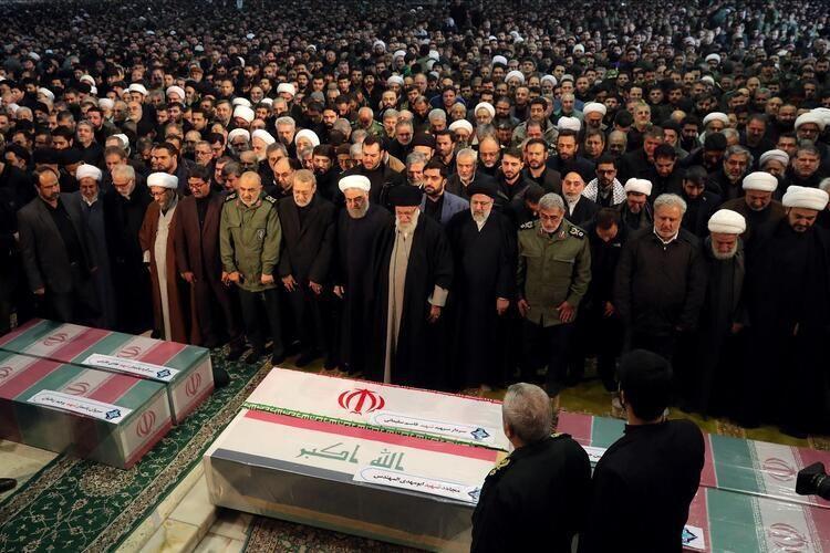 Süleymani'nin cenazesi Kirman'da toprağa verildi - Sayfa 3