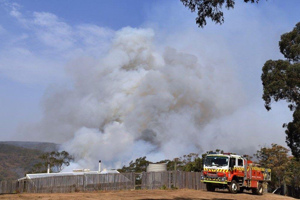 Yangınları söndüremeyen Avustralyalı yetkililer: Şansınız varken kaçın - Sayfa 4