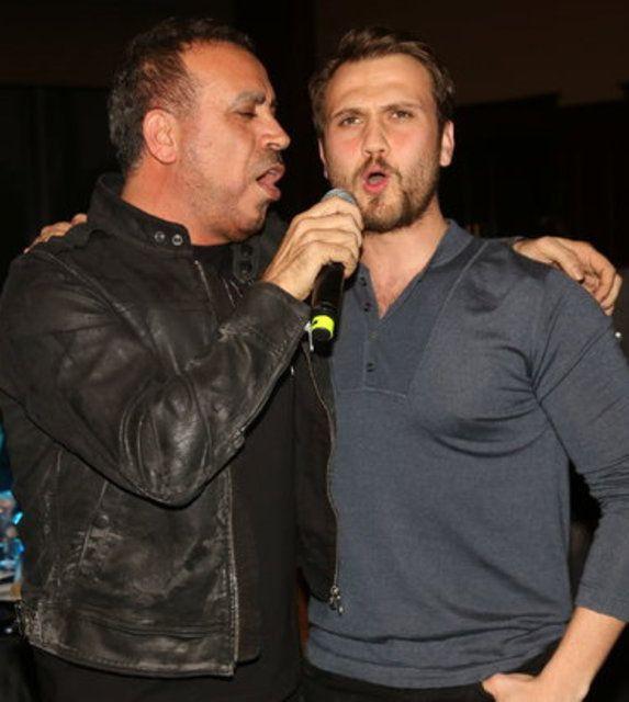 Ayaklı Gazete TV Yıldızları Ödülleri gecesi - Sayfa 1