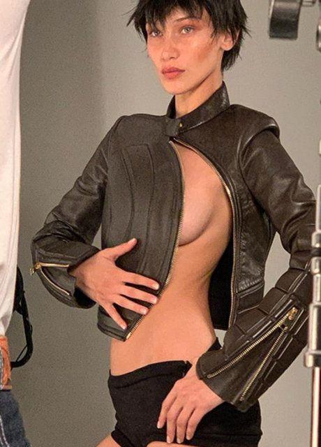 Bella Hadid'den ayna pozu - Sayfa 4