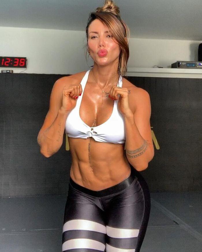 Transfer yuva yıktı! Vidal ve fitness modeli sevgilisi Sonia Isaza... - Sayfa 3
